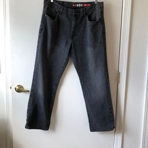 IZOD Regular Fit Jeans Size 36x30 Gently Used